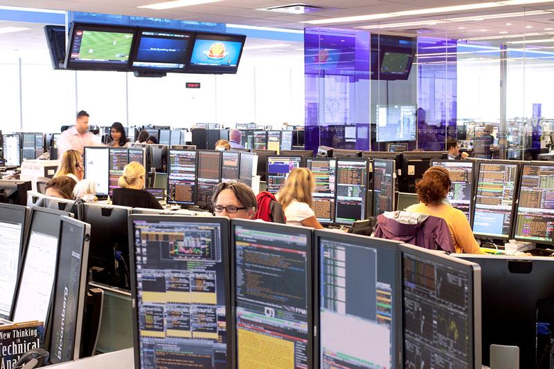 Con-duong-tro-thanh-kenh-tai-chinh-hang-dau-cua-Bloomberg-TraderViet3.