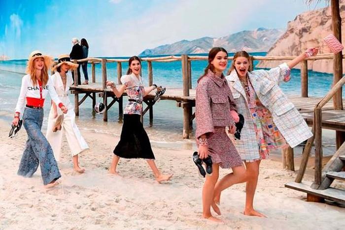 Su-ra-di-Karl Lagerfeld-va-nhung-cau-chuyen-truyen-cam-hung-vo-gia-cho-gioi-trader-TraderViet2.