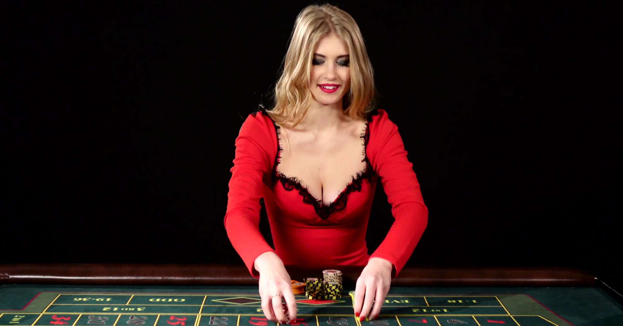 the-girl-in-the-red-dress-lost-in-the-casino-black_r8_y0hdug_thumbnail-full01_.