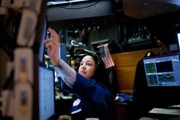 vi-sao-thi-truong-tai-chinh-luon-thieu-vang-nu-trader-traderviet.